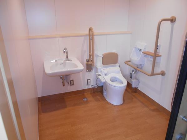 下根中トイレ1
