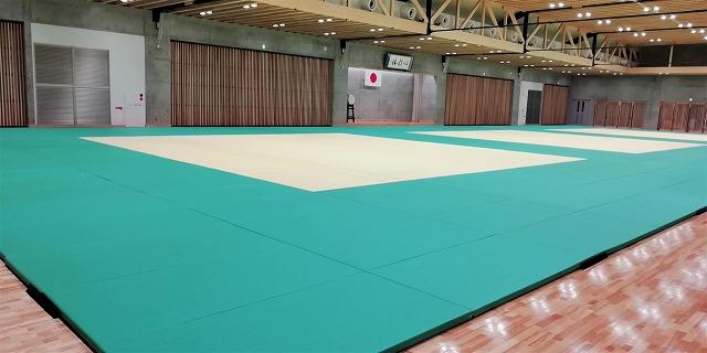 武道場畳3面敷